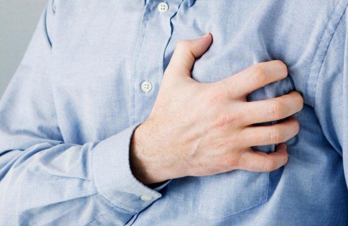 web-heart-attack-RF-corbis2